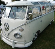 camper-auctions-race-van