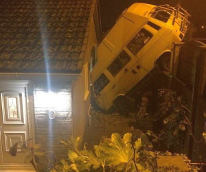 campervan-crash
